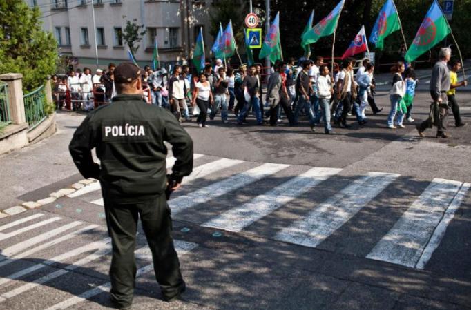 Romák tüntettek Pozsonyban