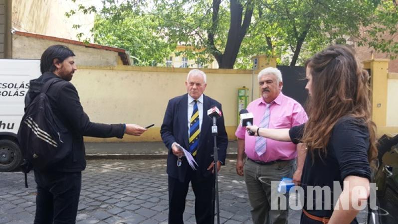Lakatos Oszkár és Vajda László sajtótájékoztatója